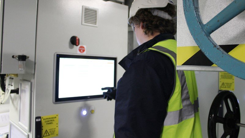 Refrigeration engineer fixing fault